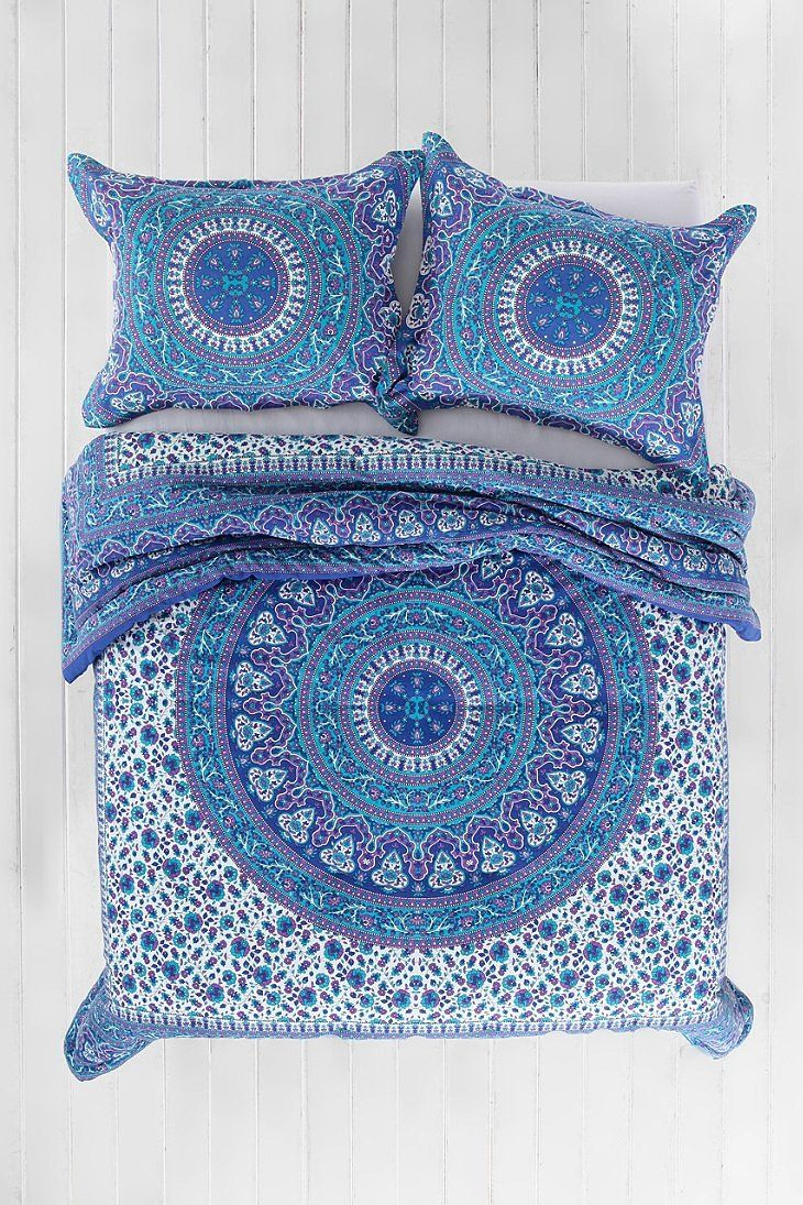 'Magical Thinking Ophelia Medallion Comforter,BLUE,TWIN XL'
