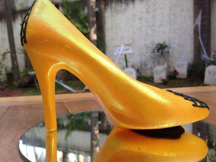 VENOM en Monster Rose. Zapatillas de chocolate especial de Halloween. www.lamansionrosa.com