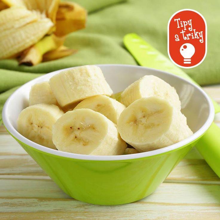 Vedeli ste, že nakrájaný banán nesčernie, ak ho pokvapkáte citrónovou alebo ananásovou šťavou? Pri najbližšej príležitosti určite vyskúšajte.