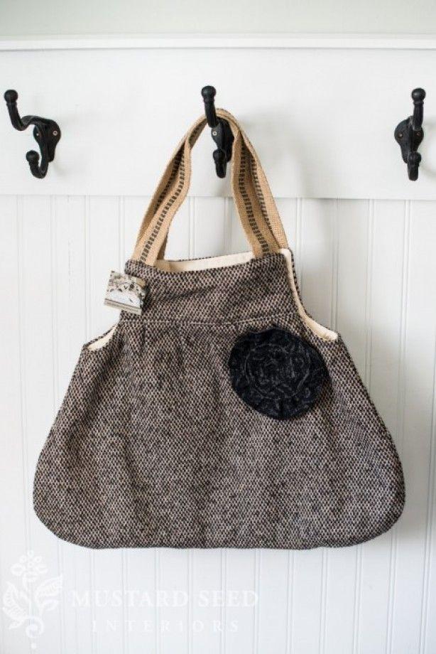 leuke tas, eventueel van een oud tweed jasje of zo te maken...