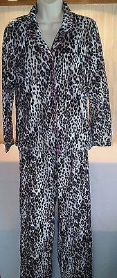 Covington Women's Winter Fleece Pajamas Animal Print Sleepwear Set Size Medium