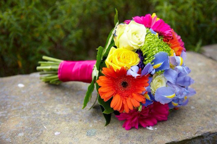 Bright bridesmaid's bouquet