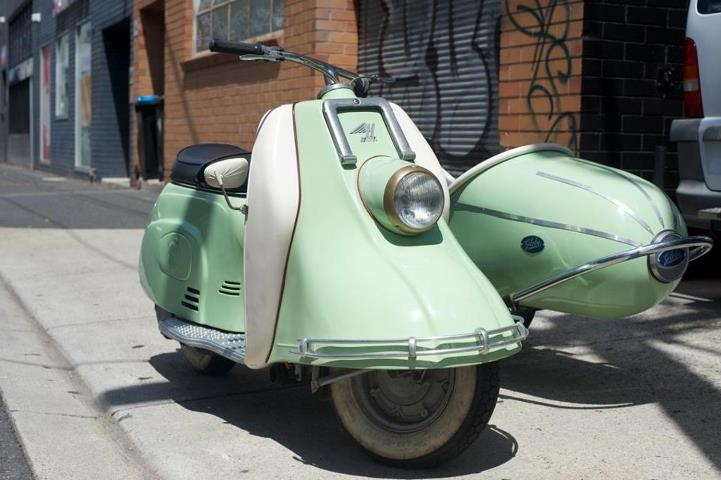 mint vespa with a side car love rad jpg pinterest. Black Bedroom Furniture Sets. Home Design Ideas