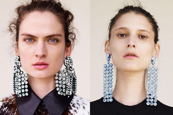 Céline Vs. Zara http://stylelovely.com/entutiendamecole/2016/11/pendientes-celine-zara