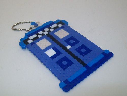 doctor who crafts - Ooh this would be easy to make with those plastic melty beads!