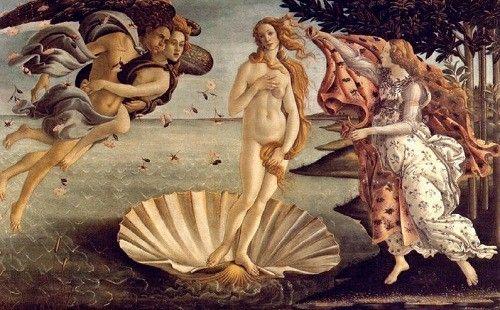 Ella es Venus, su nombre en griego es Afrodita, es la diosa del amor. Sus atributos son la paloma, la espada y la concha marina.