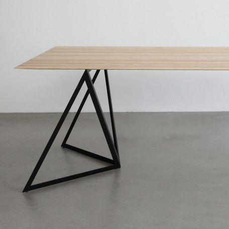 Stahl-Tischstützen - Schwarz - 349€ Designer Sebastian Scherer