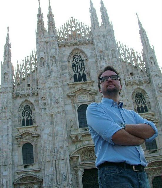 Roversi ospite a Libri in Villa l'11 agosto via http://milanonera.hotmag.me/?p=8512