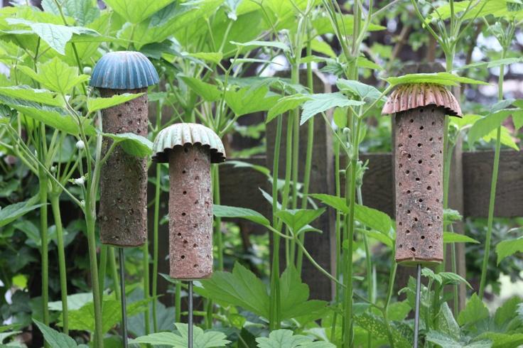 les 698 meilleures images propos de hotels insectes sur pinterest jardins h tel des. Black Bedroom Furniture Sets. Home Design Ideas