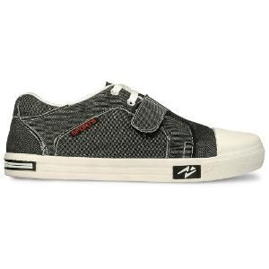 Buy shoes online at Homeshop18 at discounts of up to 87%. Different varieties of shoes for men such as boots, formal shoes, jootis, loafers etc. are all available here. Buy shoes online from the brands of Adda, Bacca Bucci, Lakhani, Lee cooper etc.