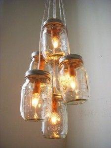 http://www.tiriordino.com/fai-da-te-bricolage/lampadari-di-riciclo/
