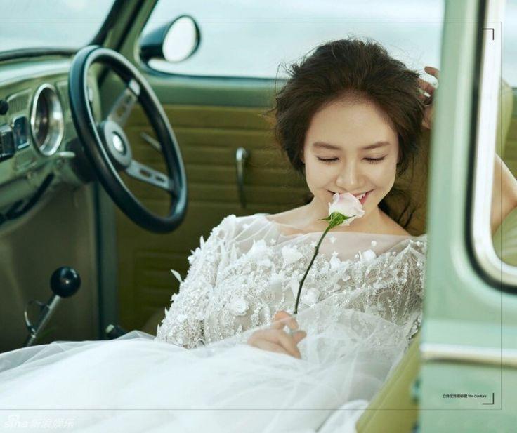 (圖多)陳柏霖甜揹宋智孝 峇里島曬婚紗照 - 自由娛樂