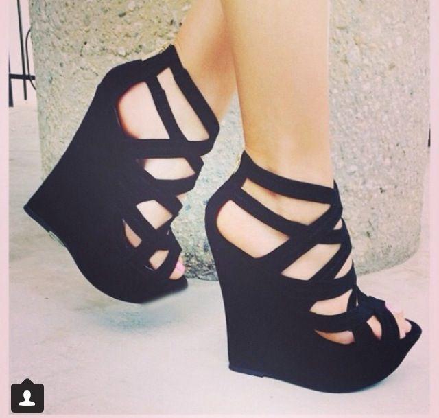Chaussures à talons http://amzn.to/2tlekYj
