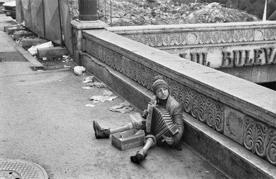 Le foto proibite della Romania comunista di Andrei Pandele