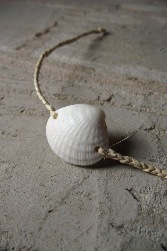 258 best images about shell jewelry on pinterest conch for Seashell ornaments diy