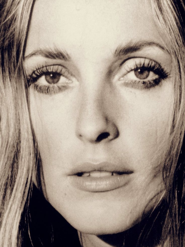 Sharon Tate, photographed in 1969 by Ellen Graham at her ...