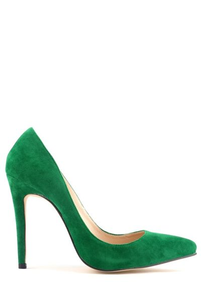 emerald green heels can be like a classic and fun alternative to the red shoe, I can think of SO many ways to dress this!
