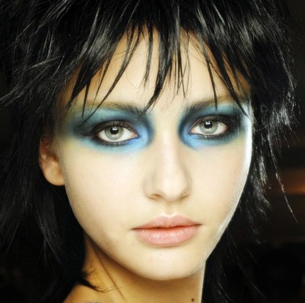 Jett makeup