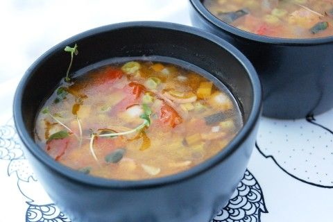Italiensk soppa med rött ris