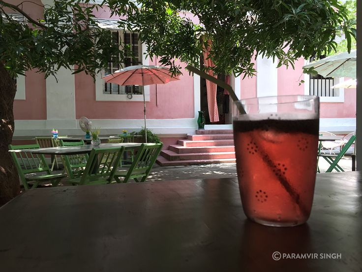 Pink Caravelle Hibiscus syrup drink at Le Maison Rose, Pondicherry : http://www.theuntourists.com/pondicherry-where-to-stay-and-where-to-eat/