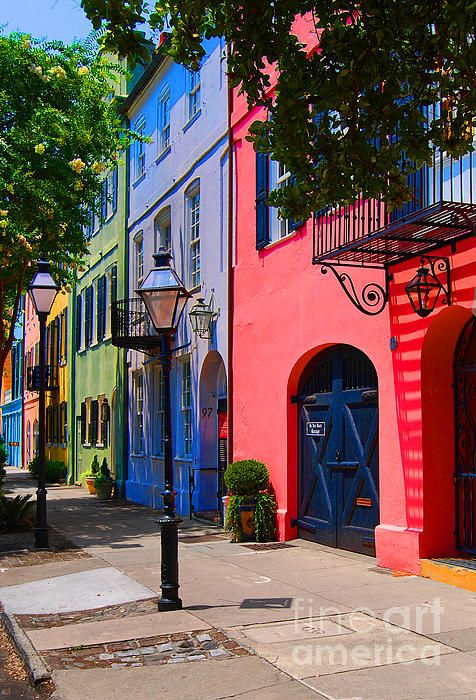 62 best images about rainbow row on pinterest charleston for Charleston row houses