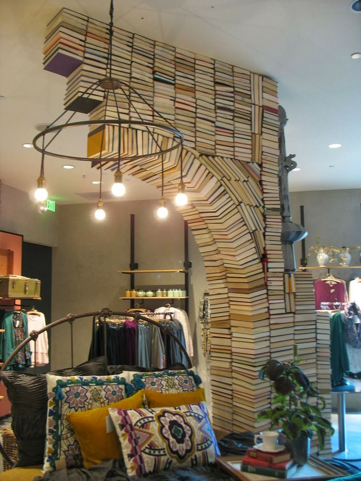 Books Used As An Wall Arch Anthropologie Retail Design