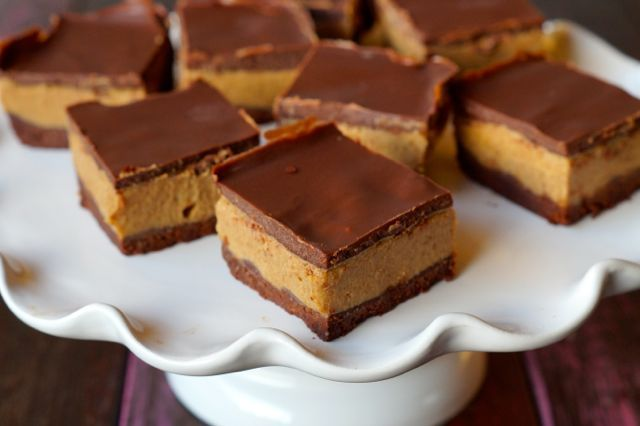 Paleo Salted Choc Caramel Slice | The BEST paleo dessert!