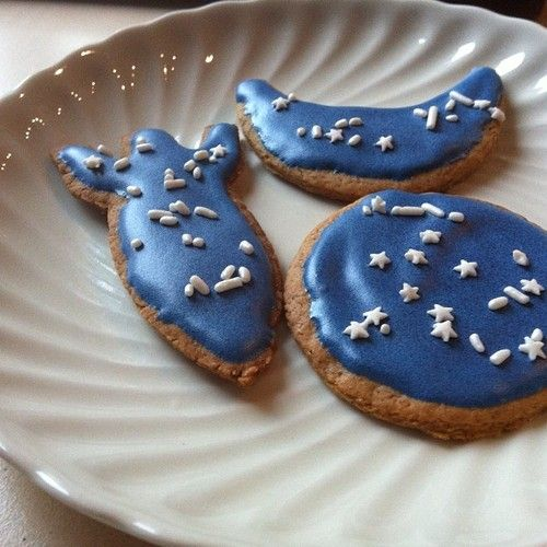 space-inspired gingerbread