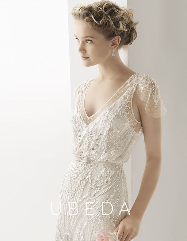 I'm more than a little obsessed with Rosa Clara Soft, especially their Ubeda dress.