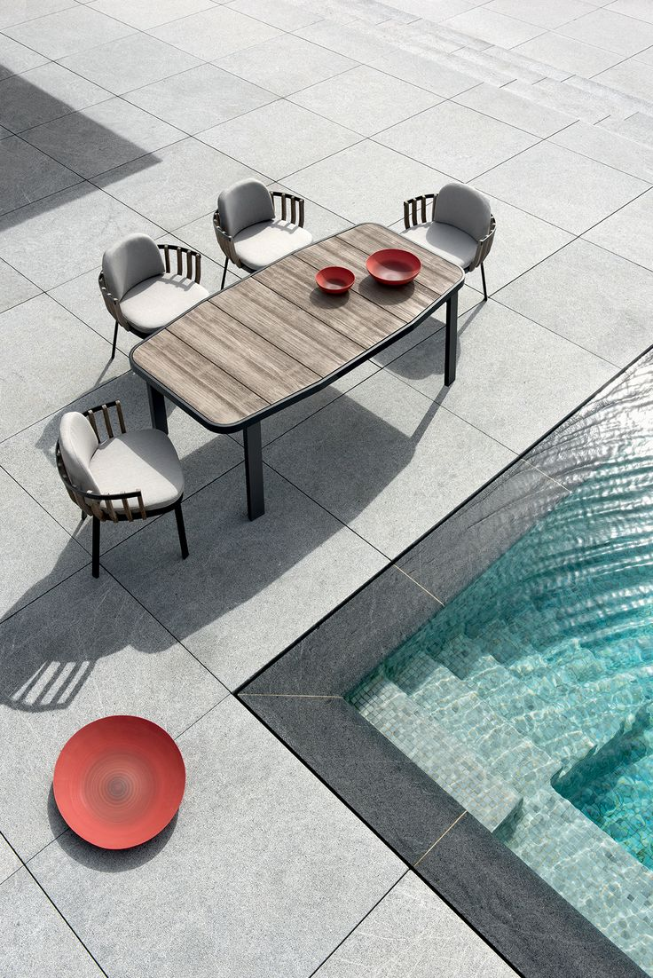 The partnership between Patrick Norguet and Ethimo has resulted in Swing, a lounge collection characterised by a dual structure: an external metal one and an internal one using pickled teak slats, like a nest cocooning the body and mind.  Link: goo.gl/K4MnYU  #ethimo #outdoor #design