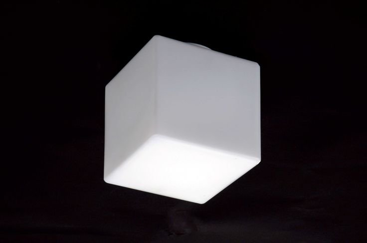 lampada da esterno. lamp for outdoors. cubetto bianco. white cube. #paolodonadello #light #lighting #luminares #lamps