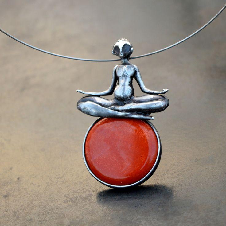 Meditace+-+rezervace+Ústřední+náboženství+Japonska+je+buddhismus+a+šintoismus.+Mnoho+Japonců+se+však+nehlásí+jen+k+jednomu+z+nich,+ale+praktikují+obě+náboženství+zároveň.+Tento+synkretický+postoj+je+hluboce+zakořeněn+v+každodenním+životě+Japonců+a+je+pro+ně+typický+Tradiční+datování+příchodu+buddhismu+do+Japonska+je+kladeno+do+roku+522.+Buddhismus+sem+byl...