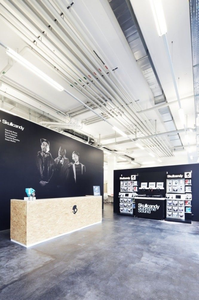 Skullcandy Office Entry & Reception Desk / Office #Architecture and #InteriorDesign