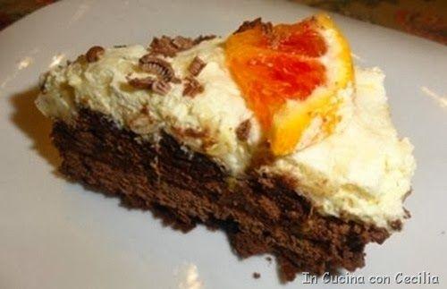 Torta di mousse all'arancia e cioccolato