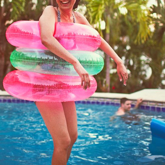 17 best images about backyard party on pinterest pool for Swimming pool poker