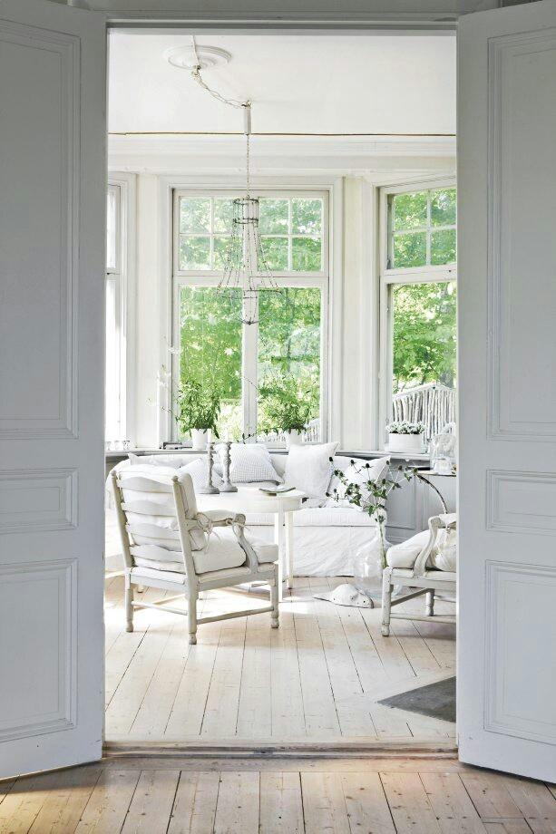 Swedish style lounge via Splendid Willow