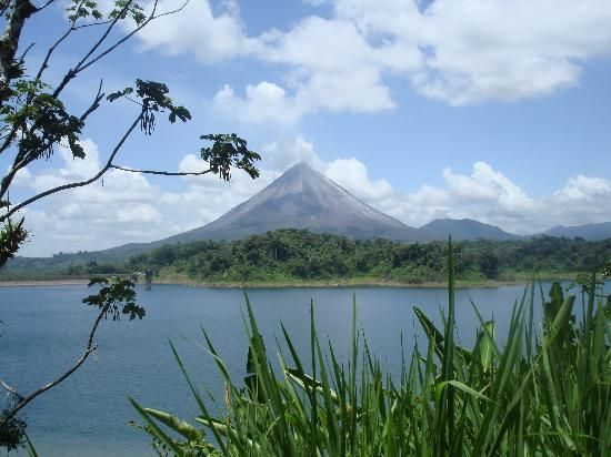 volcanoes a geologic wonder essay View and download volcano essays examples also discover topics, titles, outlines, thesis statements, and conclusions for your volcano essay.
