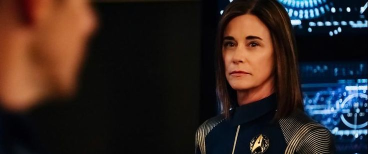 INTERVIEW: Discovery's Jayne Brook (Admiral Cornwell)