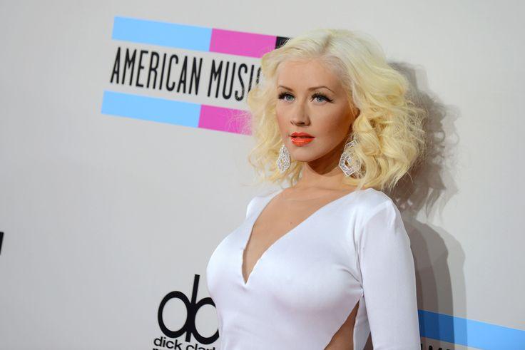 Congrats!! Melahirkan, Christina Aguilera Punya Bayi Perempuan  #ChristinaAguilera #BabyGirl