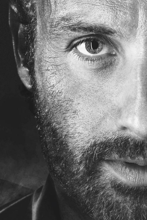 Andrew Lincoln's face.