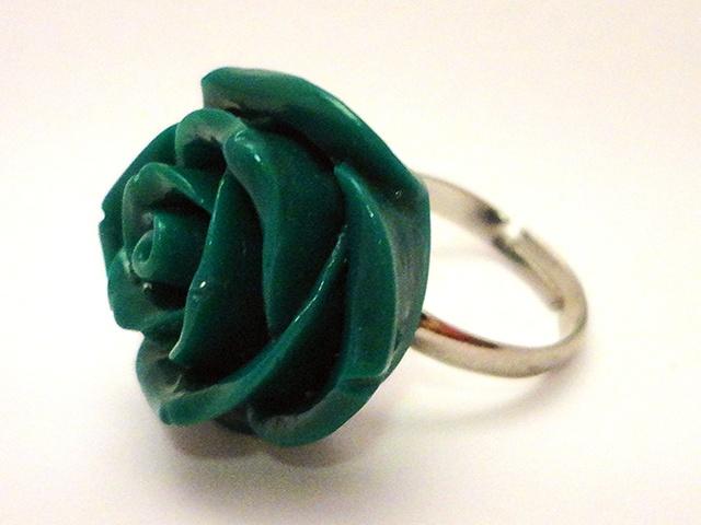 Groene roos ring