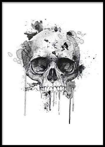 Poster / affisch med svartvit döskalle. Cool tavla till killrummet.