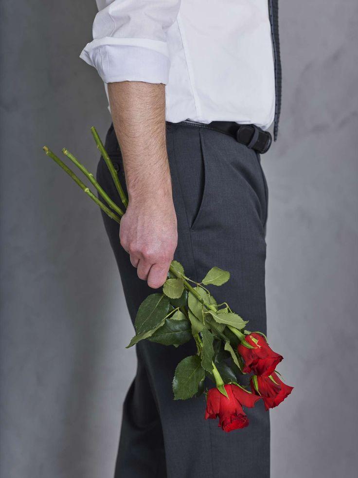 Være en gentleman - gi blomster til den du er glad i :-) https://www.mestergronn.no/