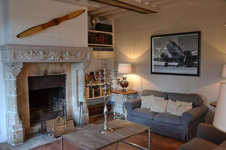 chambre-hote-salon-cheminee.jpg (1000×667)