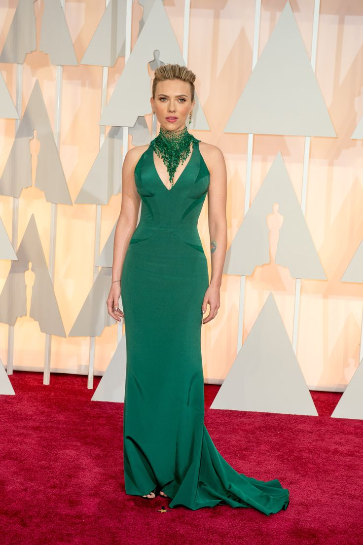Scarlett Johansson op die rooitapyt Foto: Matt Petit / ©A.M.P.A.S.