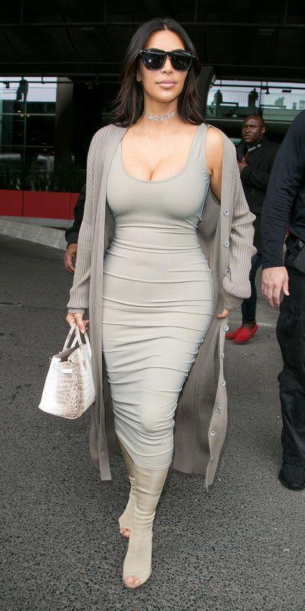 kim kardashian 39 s most stylish looks ever inspiration. Black Bedroom Furniture Sets. Home Design Ideas