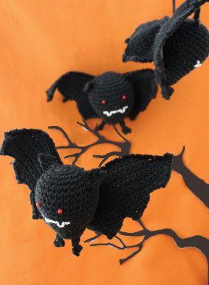 Free Halloween Bat Crochet Pattern
