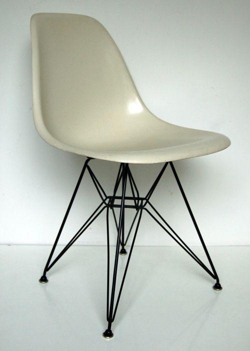 eames eiffel fiberglass side chair. eiffel base black. side chaireamesrestorationexercise eames fiberglass chair