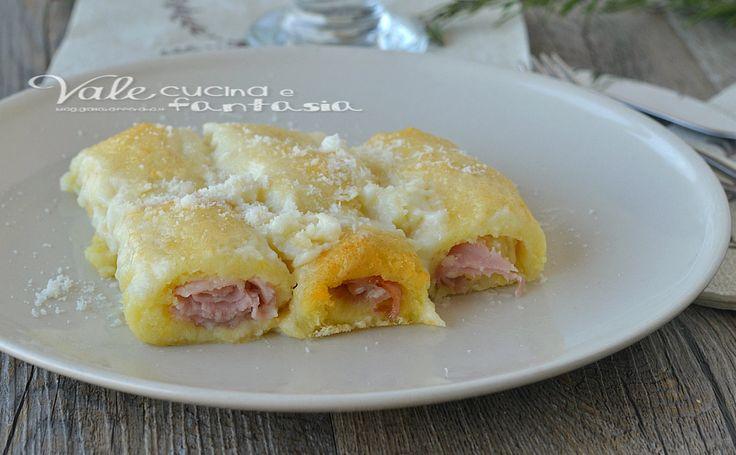 Cannelloni di patate con prosciutto e formaggio, ideali come primo piatto della domenica e festività, ottimi per i bambini, ricetta facile ed economica