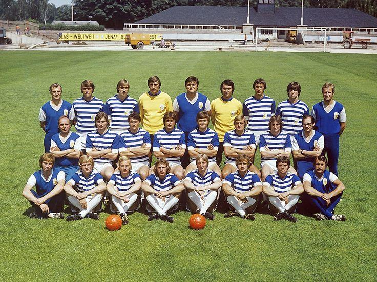 fc carl | FC Carl Zeiss Jena (1) Mannschaftsfoto in den Siebzigern - 11FREUNDE ...